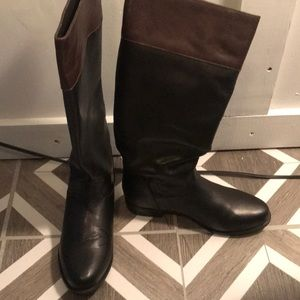 New Ariat leather Boots